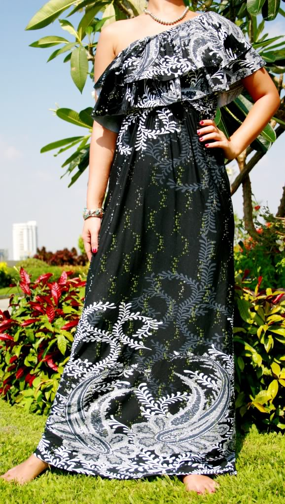 5019--One-Shoulder Black Print Maxi Dress-One-Shoulder Black Print Maxi Dress